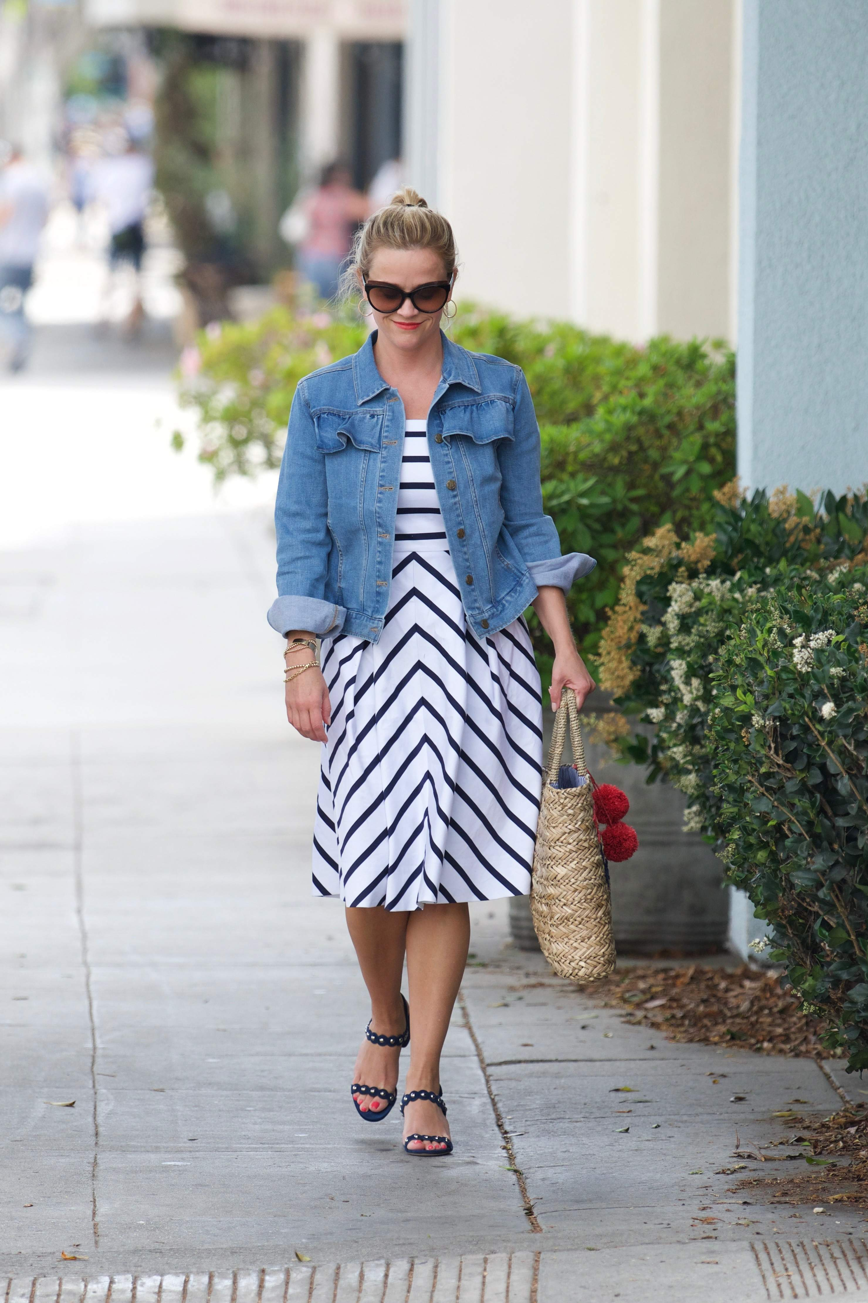 74542107 reese witherspoon 02072018 p 56