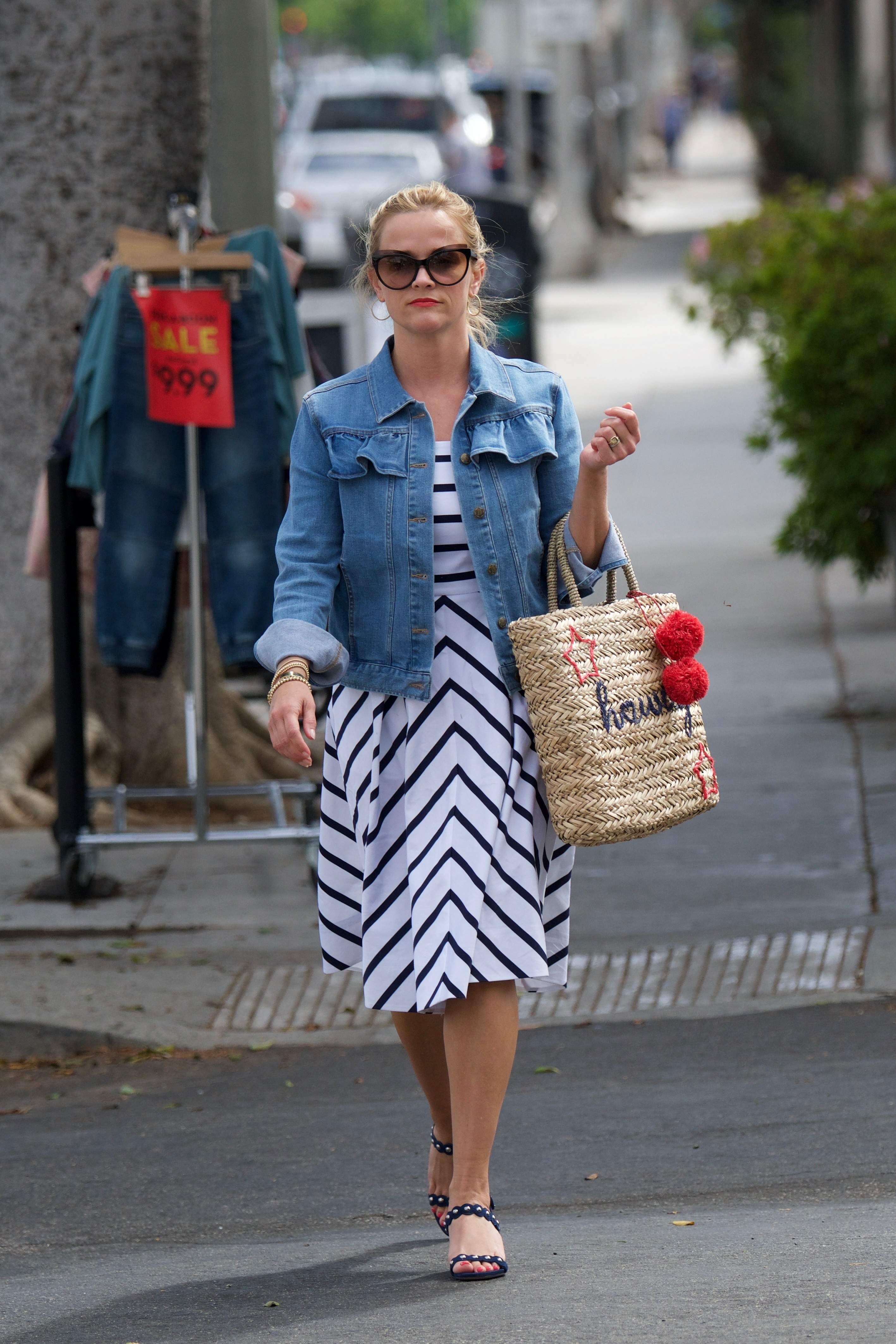 74542117 reese witherspoon 02072018 p 63