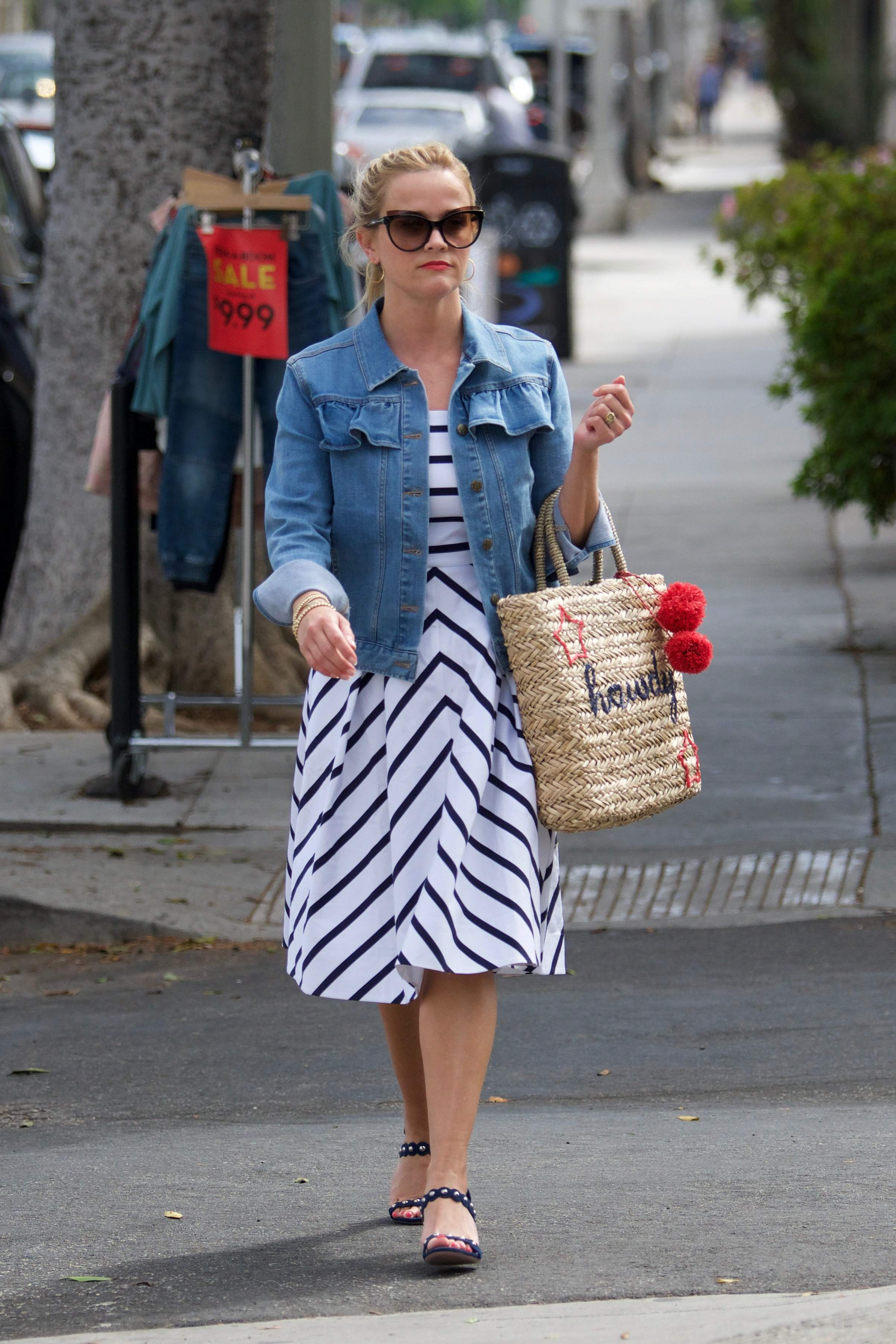 74542123 reese witherspoon 02072018 p 69