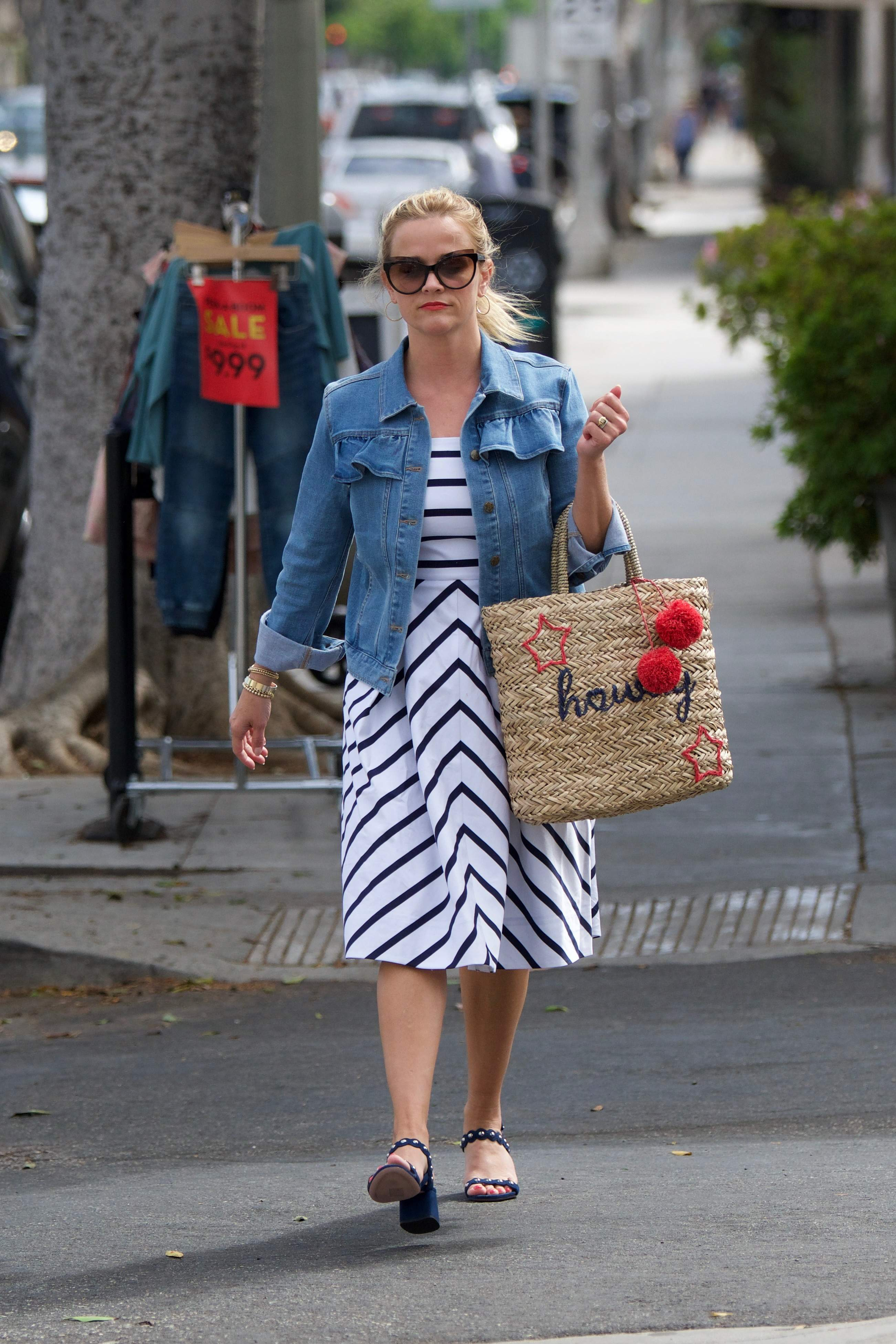 74542120 reese witherspoon 02072018 p 66