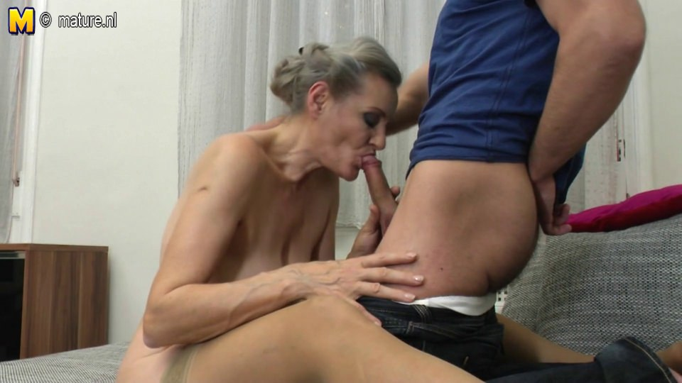 Secretary giving boss a blow job