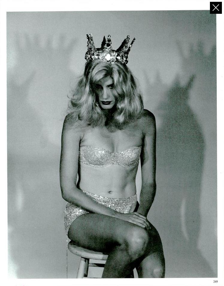 Meisel Vogue Italia December 1989 04